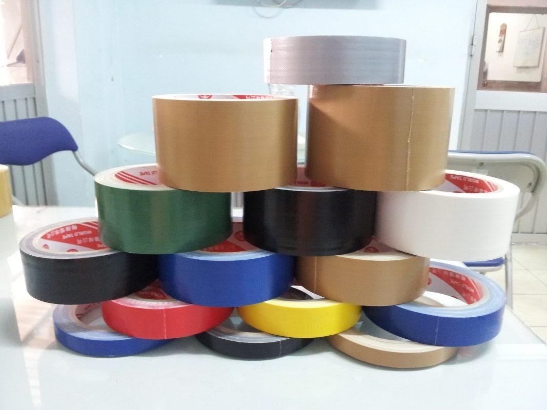 Chúng tôi cung cấp đa dạng mẫu mã, kích thước, kiểu dáng và màu sắc các loại băng keo